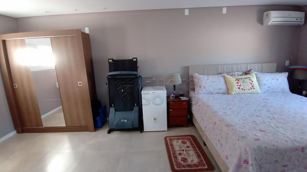 Comprar Casa / Padrão em Pelotas R$ 850.000,00 - Foto 7