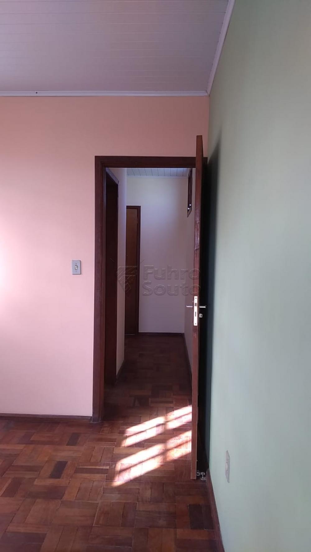 Comprar Casa / Padrão em Pelotas R$ 195.000,00 - Foto 11