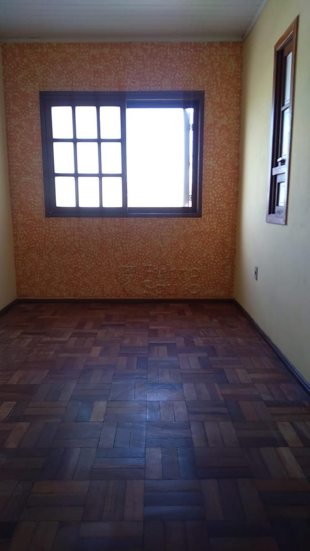 Comprar Casa / Padrão em Pelotas R$ 195.000,00 - Foto 5