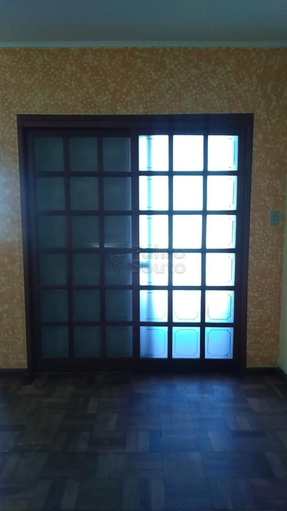 Comprar Casa / Padrão em Pelotas R$ 195.000,00 - Foto 6