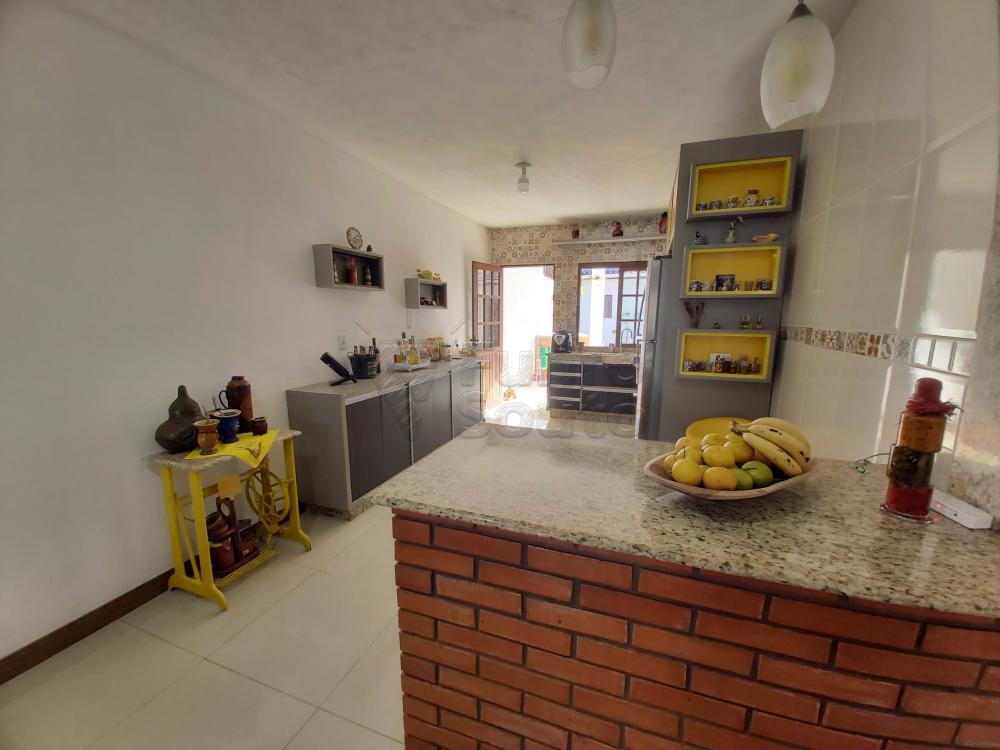 Comprar Casa / Padrão em Pelotas R$ 470.000,00 - Foto 3