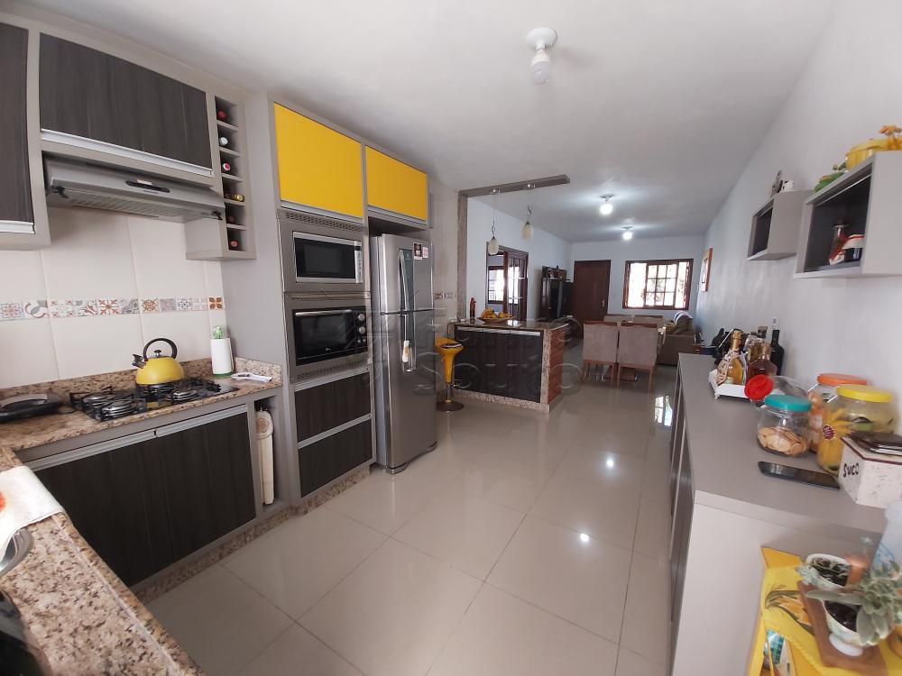 Comprar Casa / Padrão em Pelotas R$ 470.000,00 - Foto 5