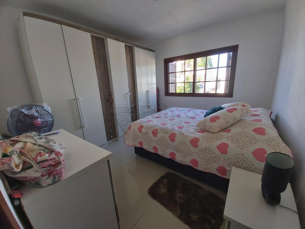 Comprar Casa / Padrão em Pelotas R$ 470.000,00 - Foto 6