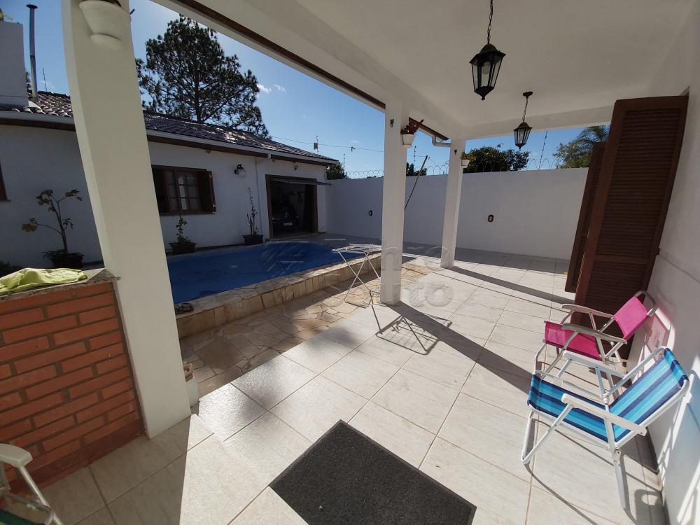 Comprar Casa / Padrão em Pelotas R$ 470.000,00 - Foto 9