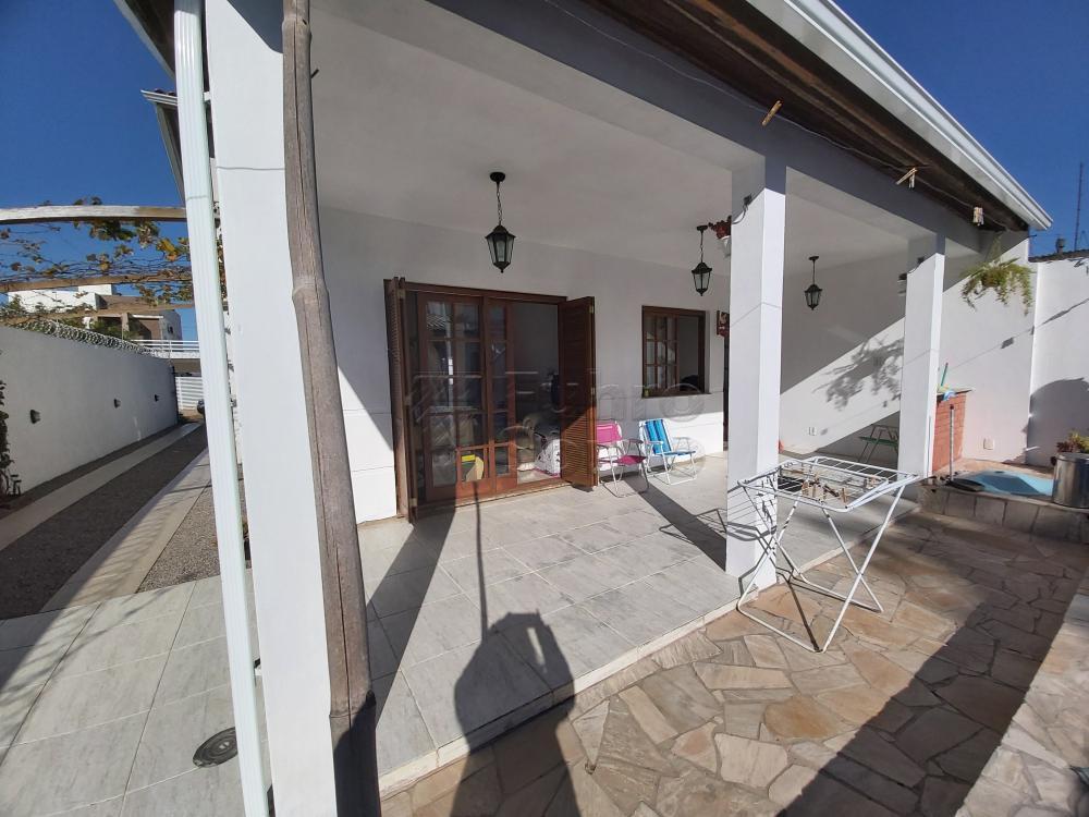 Comprar Casa / Padrão em Pelotas R$ 470.000,00 - Foto 11