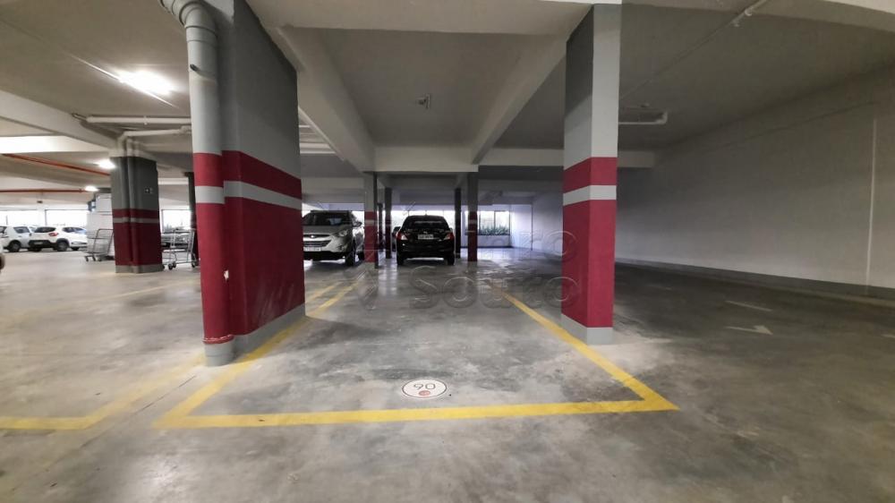 Comprar Apartamento / Padrão em Pelotas R$ 360.000,00 - Foto 2