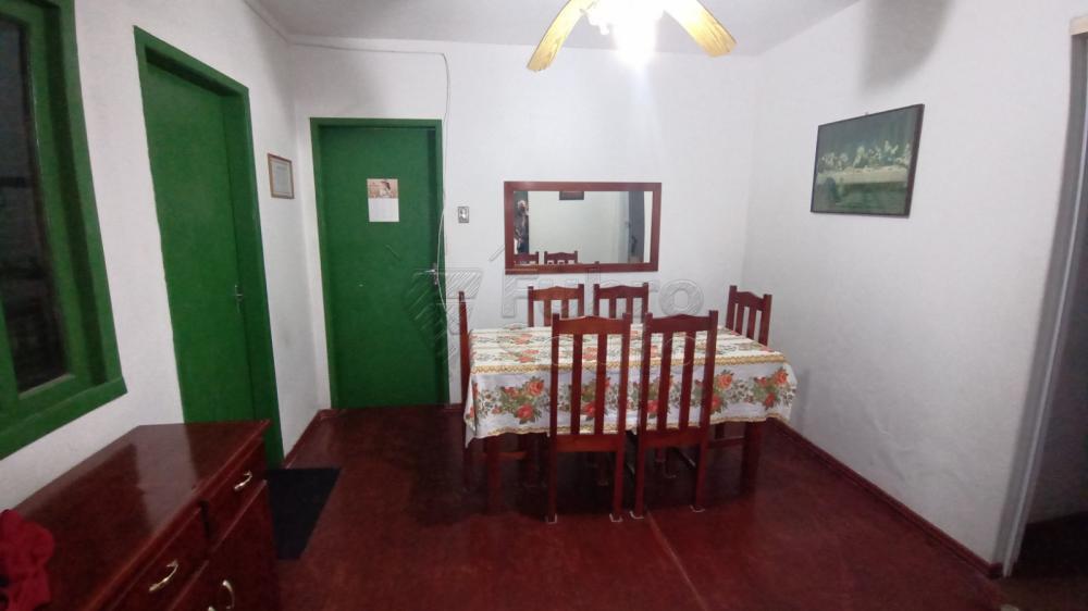 Comprar Casa / Padrão em Pelotas R$ 300.000,00 - Foto 2