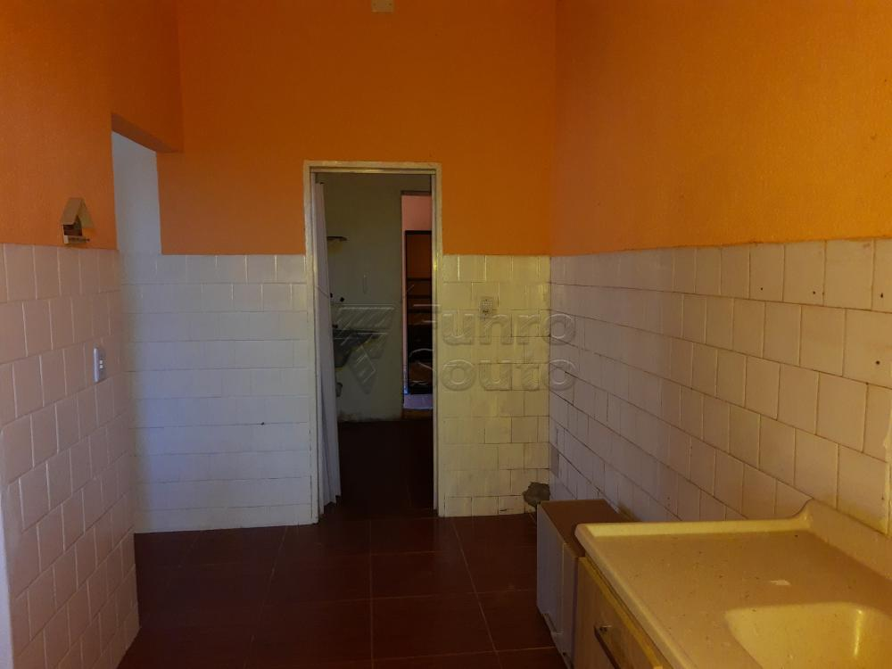 Alugar Comercial / Casa em Pelotas R$ 1.500,00 - Foto 17