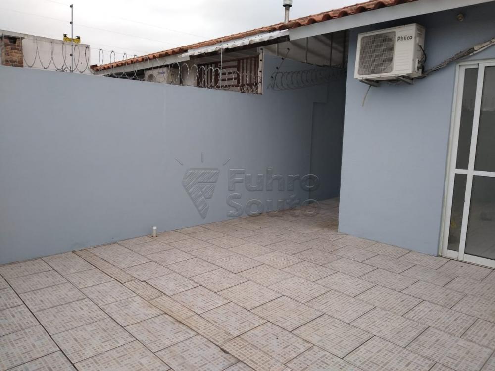 Alugar Casa / Condomínio em Pelotas R$ 700,00 - Foto 9