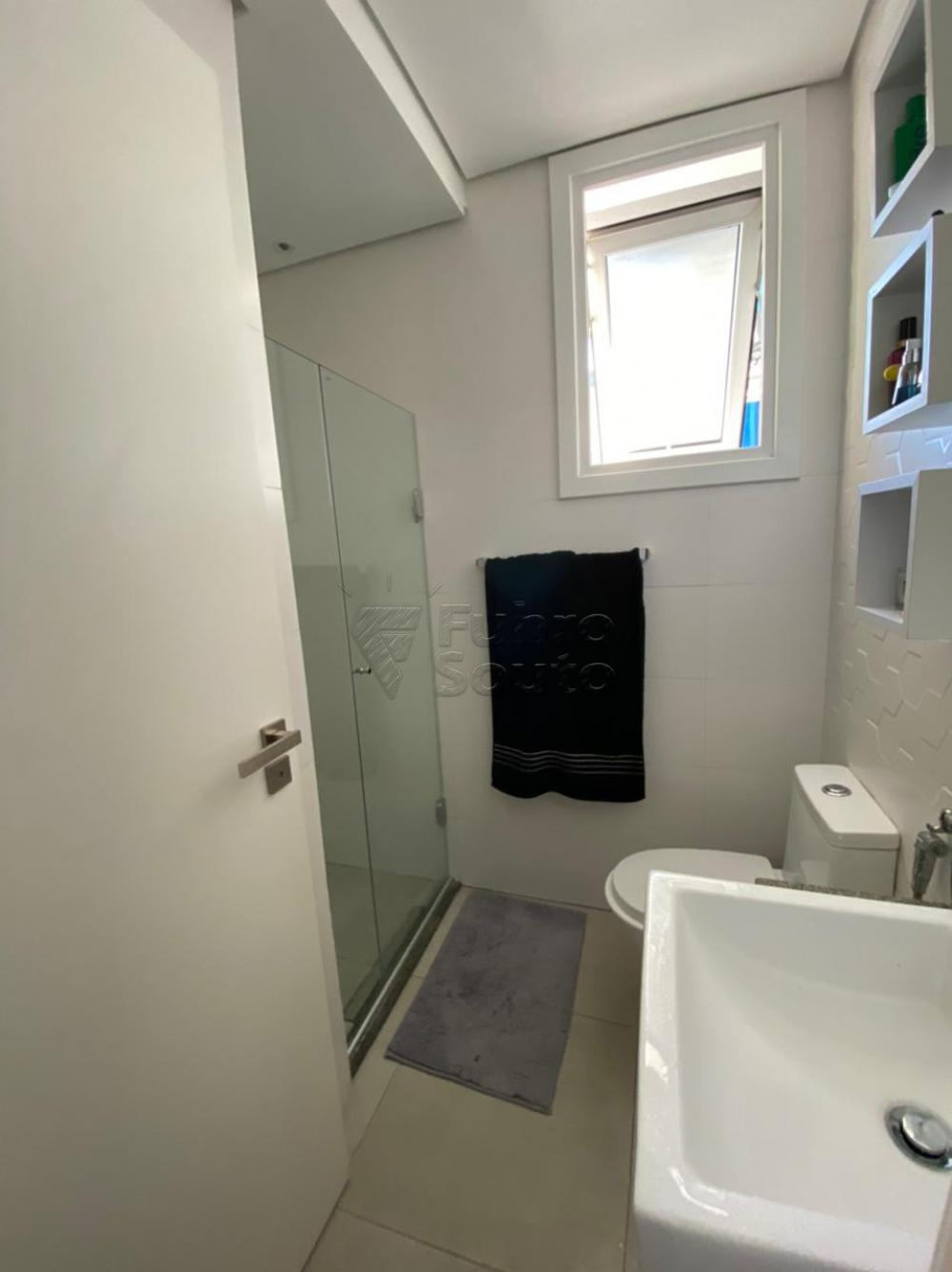 Comprar Apartamento / Padrão em Pelotas R$ 477.000,00 - Foto 10