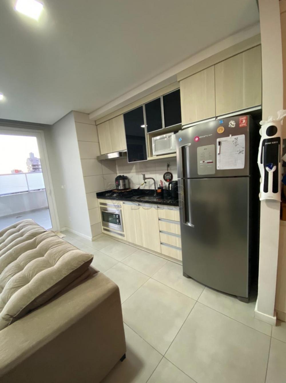 Comprar Apartamento / Padrão em Pelotas R$ 477.000,00 - Foto 6