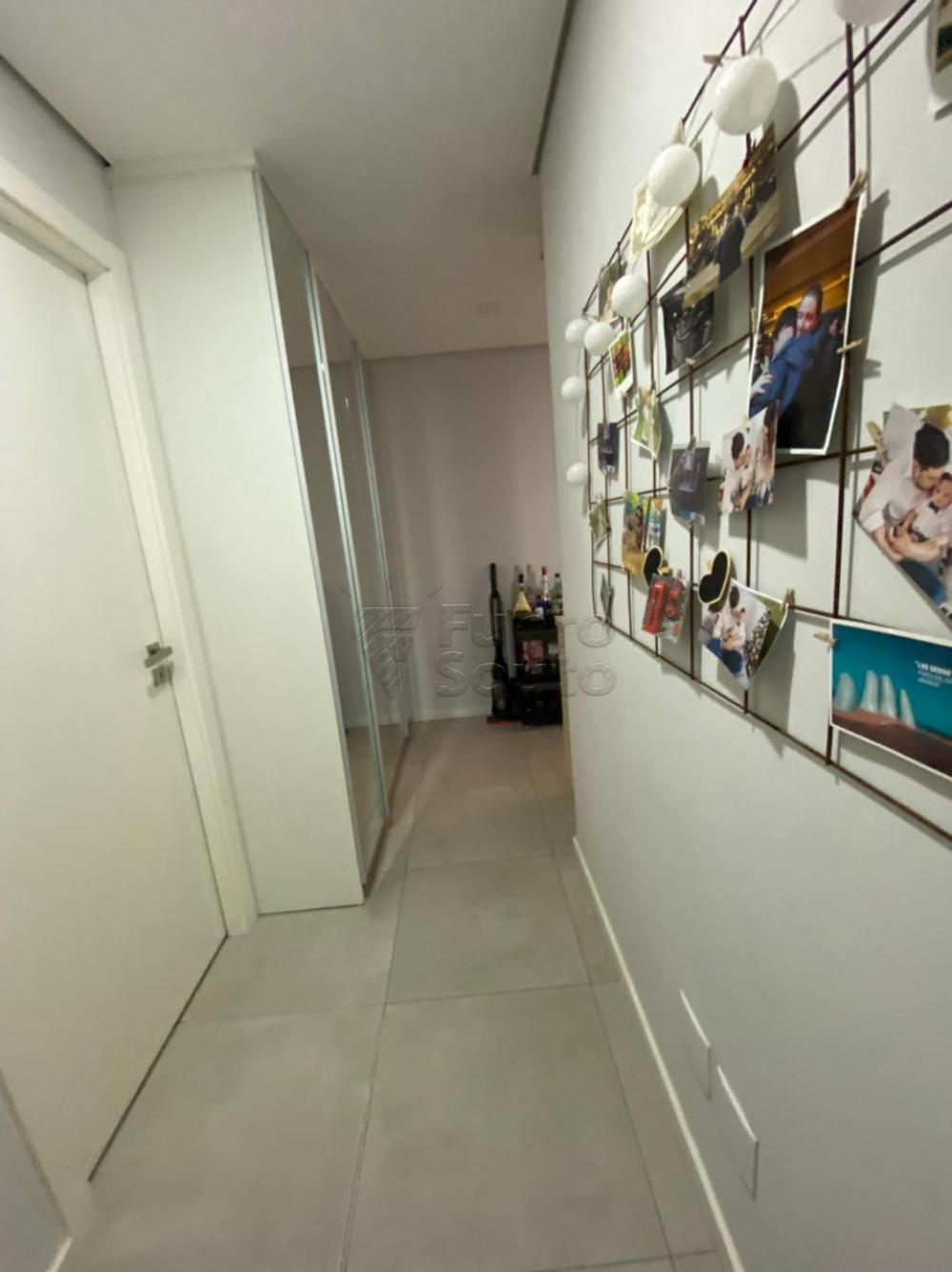 Comprar Apartamento / Padrão em Pelotas R$ 477.000,00 - Foto 8