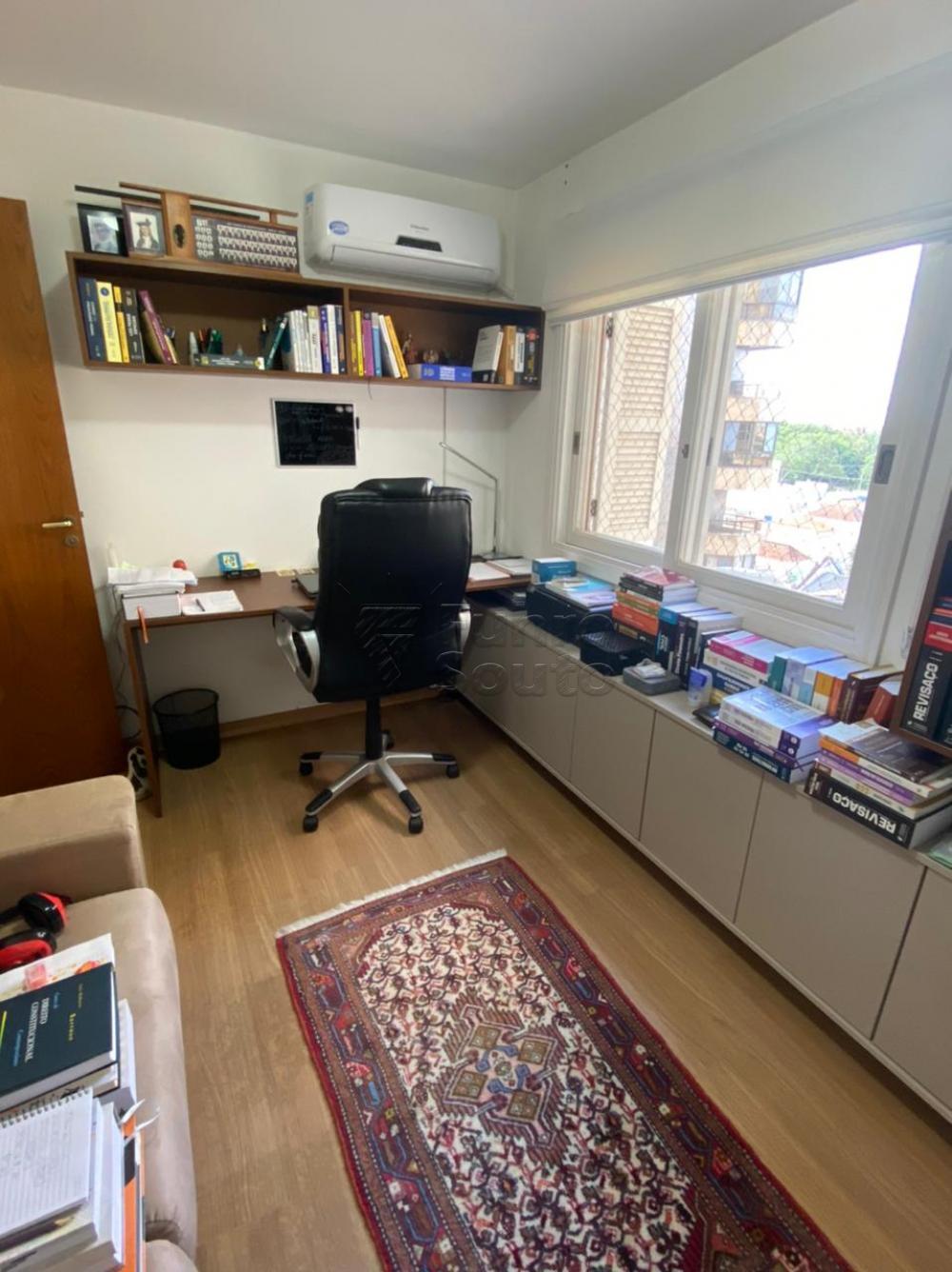 Comprar Apartamento / Padrão em Pelotas R$ 548.000,00 - Foto 14