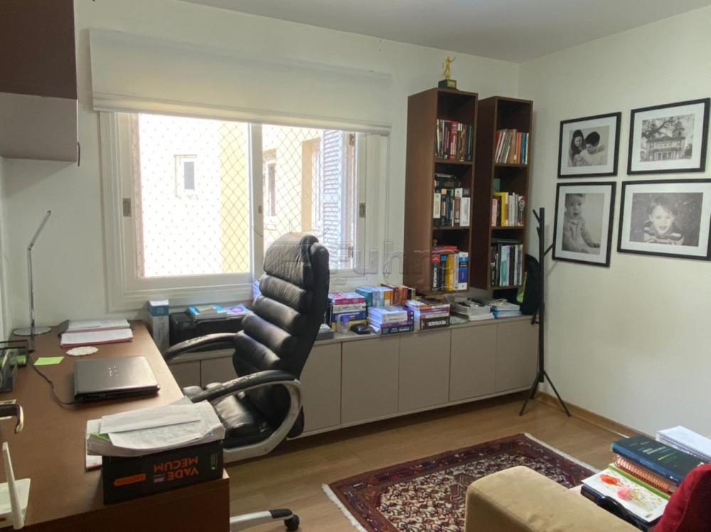 Comprar Apartamento / Padrão em Pelotas R$ 548.000,00 - Foto 13