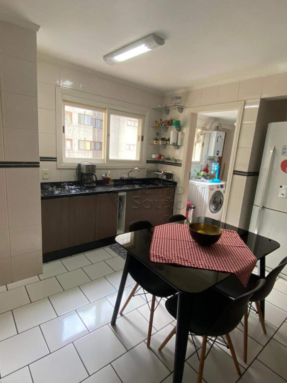 Comprar Apartamento / Padrão em Pelotas R$ 548.000,00 - Foto 6