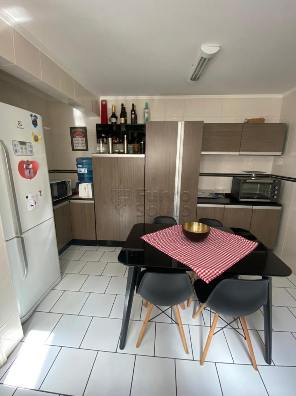Comprar Apartamento / Padrão em Pelotas R$ 548.000,00 - Foto 7