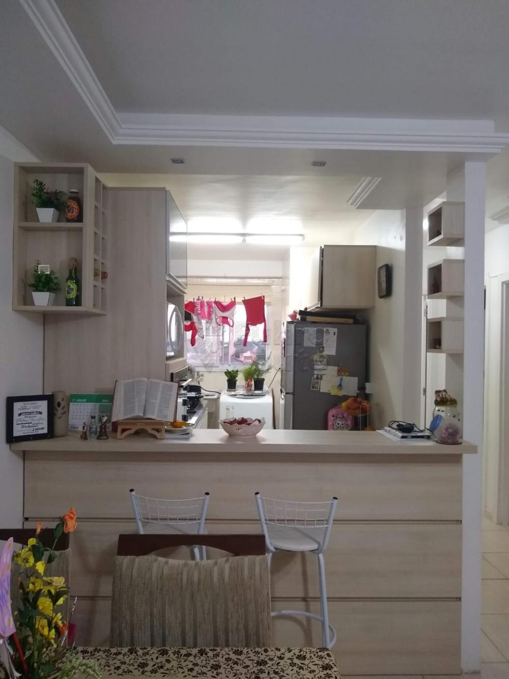 Comprar Apartamento / Padrão em Pelotas R$ 160.000,00 - Foto 4