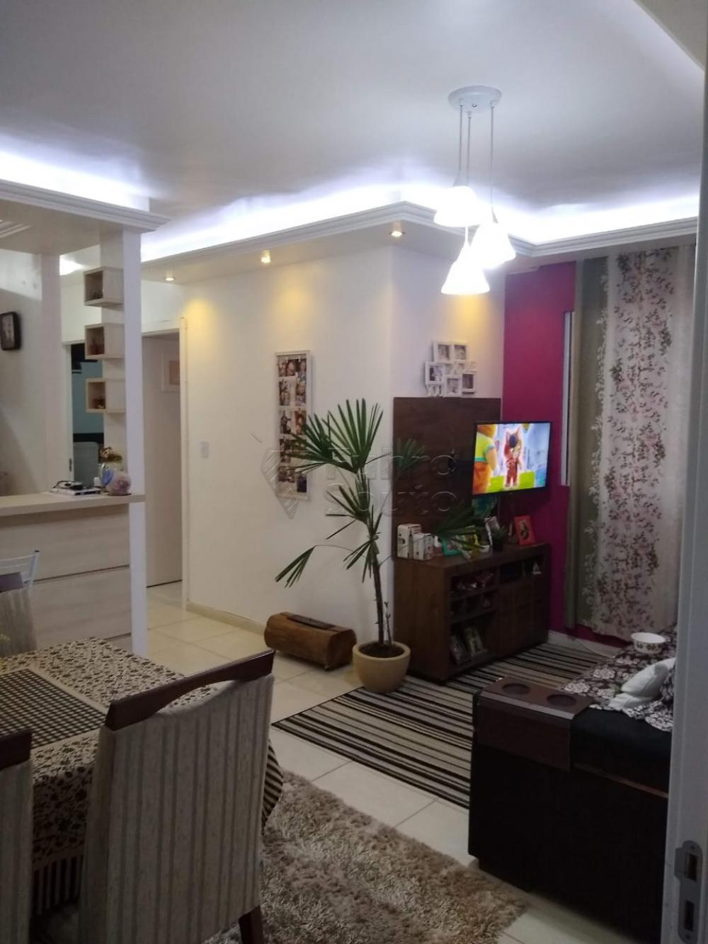 Comprar Apartamento / Padrão em Pelotas R$ 160.000,00 - Foto 2