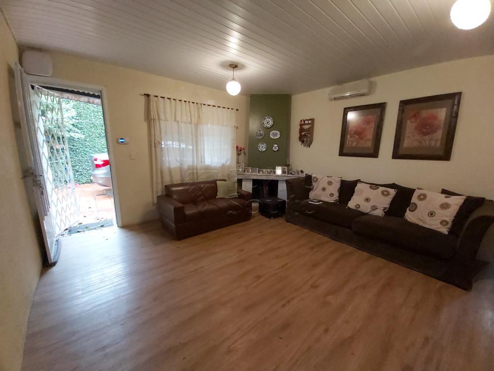 Comprar Casa / Padrão em Pelotas R$ 630.000,00 - Foto 2