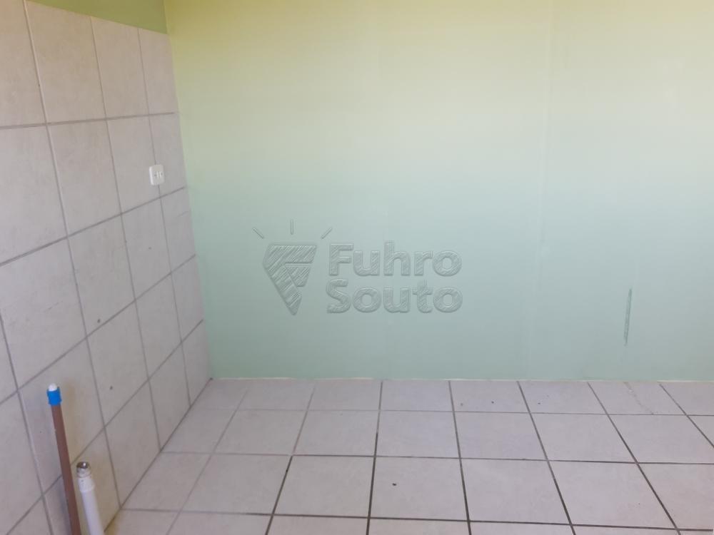 Alugar Apartamento / Padrão em Pelotas R$ 900,00 - Foto 12