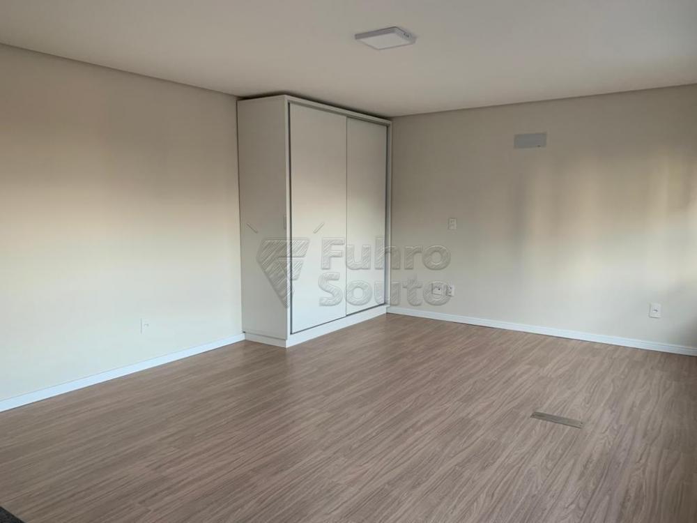 Alugar Apartamento / Loft / Studio em Pelotas R$ 1.490,00 - Foto 13
