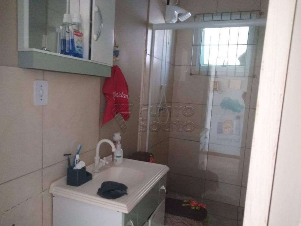 Comprar Casa / Padrão em Pelotas R$ 190.000,00 - Foto 11
