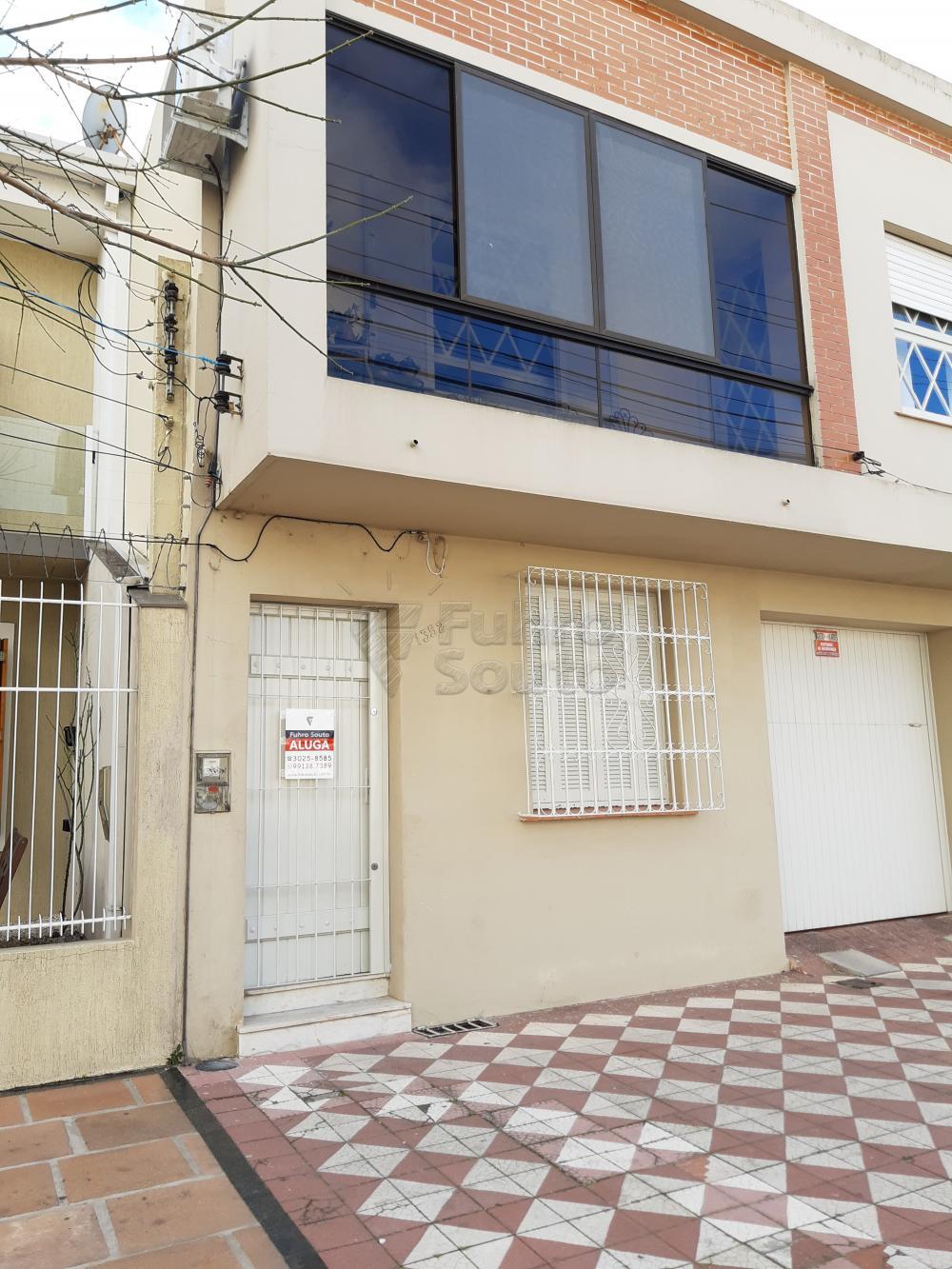 Alugar Casa / Padrão em Pelotas R$ 1.800,00 - Foto 2