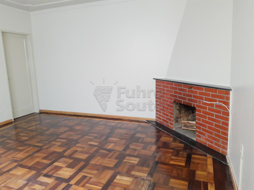 Alugar Casa / Padrão em Pelotas R$ 1.800,00 - Foto 9