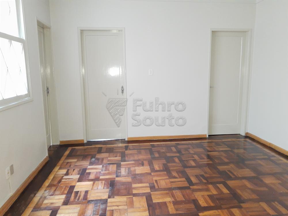 Alugar Casa / Padrão em Pelotas R$ 1.800,00 - Foto 10