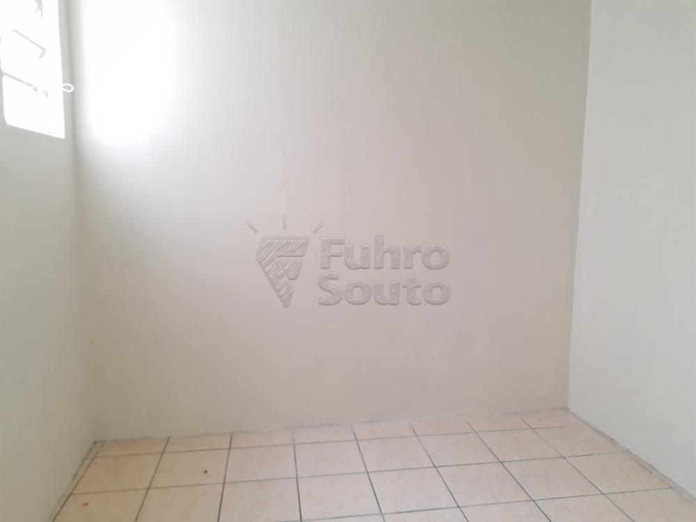Alugar Casa / Padrão em Pelotas R$ 1.800,00 - Foto 20