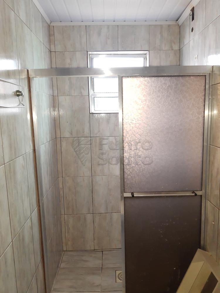 Alugar Casa / Padrão em Pelotas R$ 550,00 - Foto 13