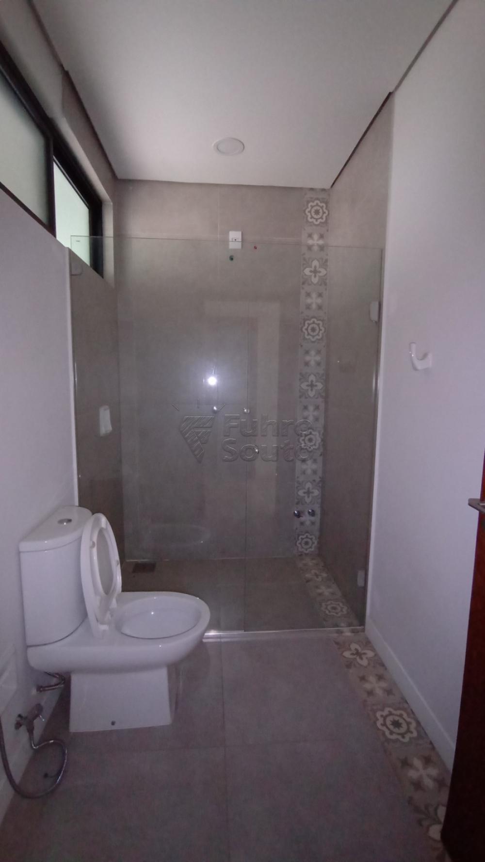 Comprar Casa / Padrão em Pelotas R$ 750.000,00 - Foto 15