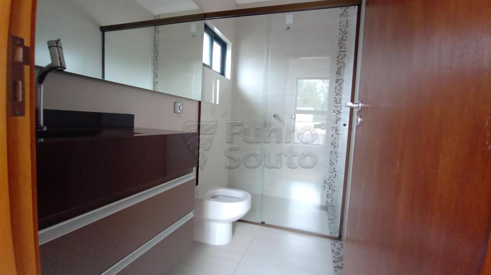 Comprar Casa / Padrão em Pelotas R$ 750.000,00 - Foto 28