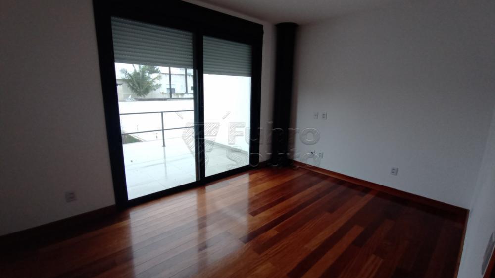 Comprar Casa / Padrão em Pelotas R$ 750.000,00 - Foto 18
