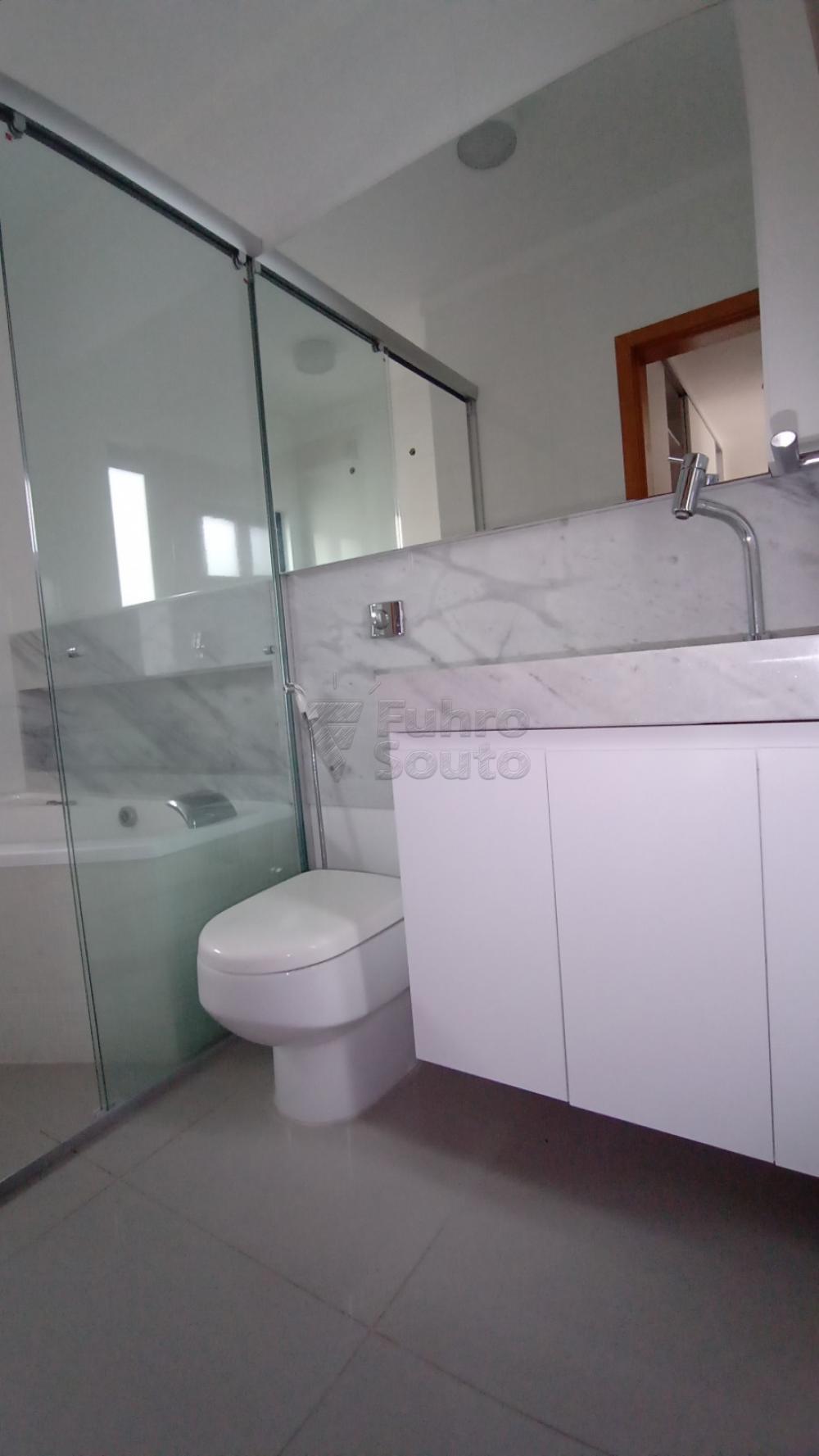 Comprar Casa / Padrão em Pelotas R$ 750.000,00 - Foto 26