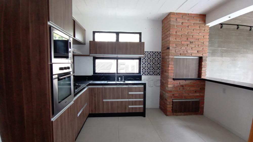 Comprar Casa / Padrão em Pelotas R$ 750.000,00 - Foto 8
