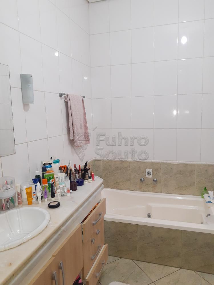 Alugar Casa / Padrão em Pelotas R$ 4.500,00 - Foto 28