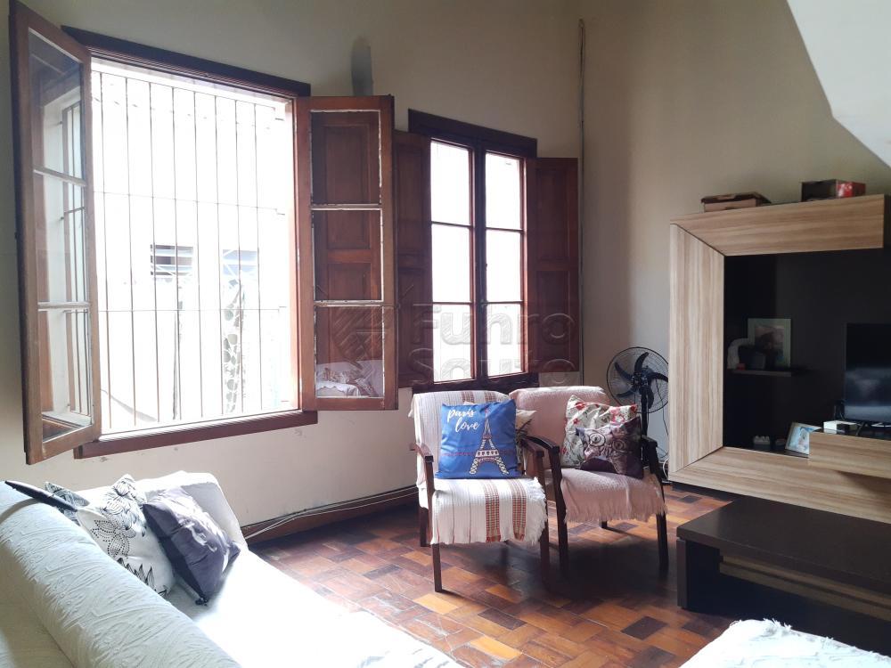 Alugar Casa / Padrão em Pelotas R$ 4.500,00 - Foto 3