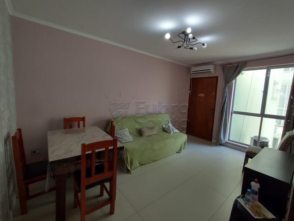 Comprar Apartamento / Padrão em Pelotas R$ 299.000,00 - Foto 2