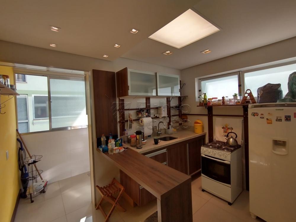Comprar Apartamento / Padrão em Pelotas R$ 299.000,00 - Foto 4