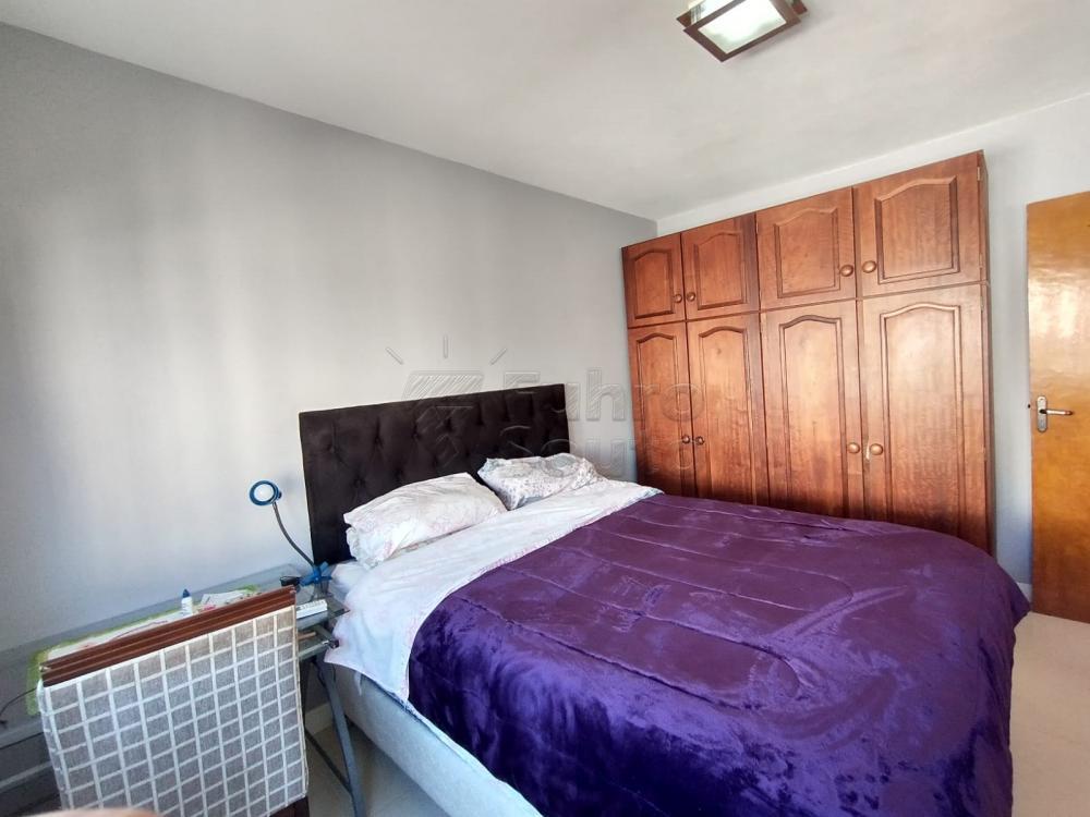 Comprar Apartamento / Padrão em Pelotas R$ 299.000,00 - Foto 6
