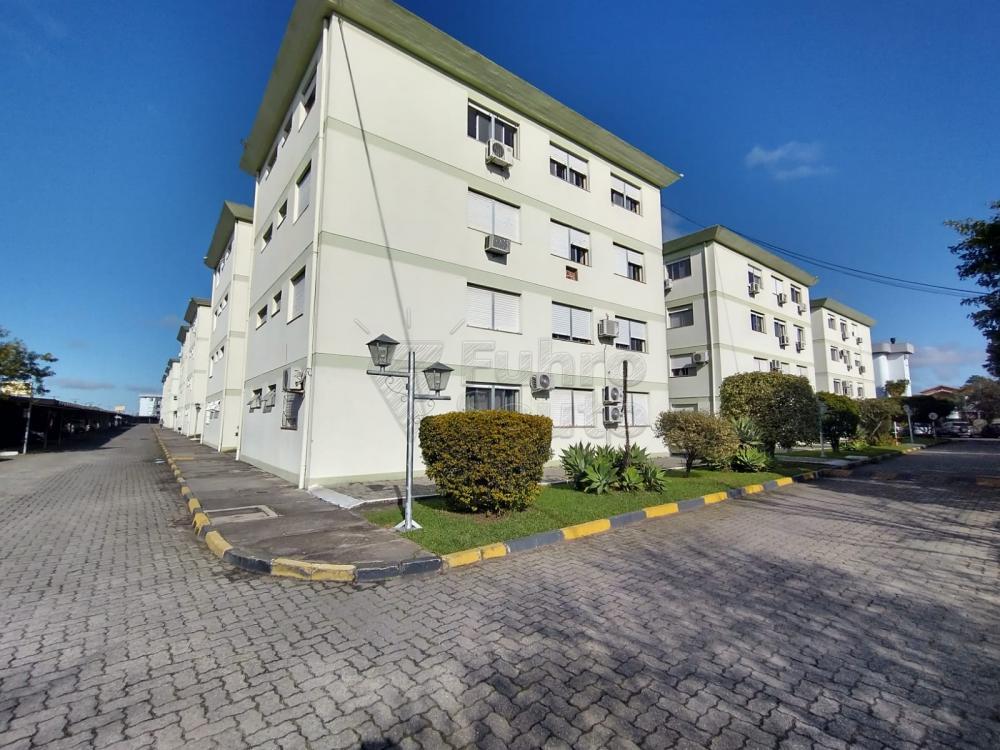 Comprar Apartamento / Padrão em Pelotas R$ 299.000,00 - Foto 9