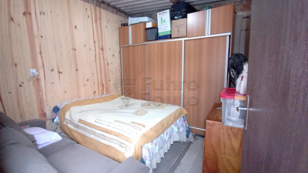 Comprar Casa / Padrão em Pelotas R$ 170.000,00 - Foto 7