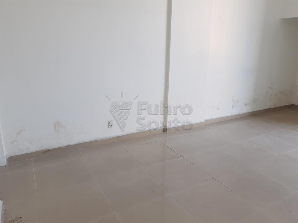 Alugar Comercial / Sala em Condomínio em Pelotas R$ 1.500,00 - Foto 6