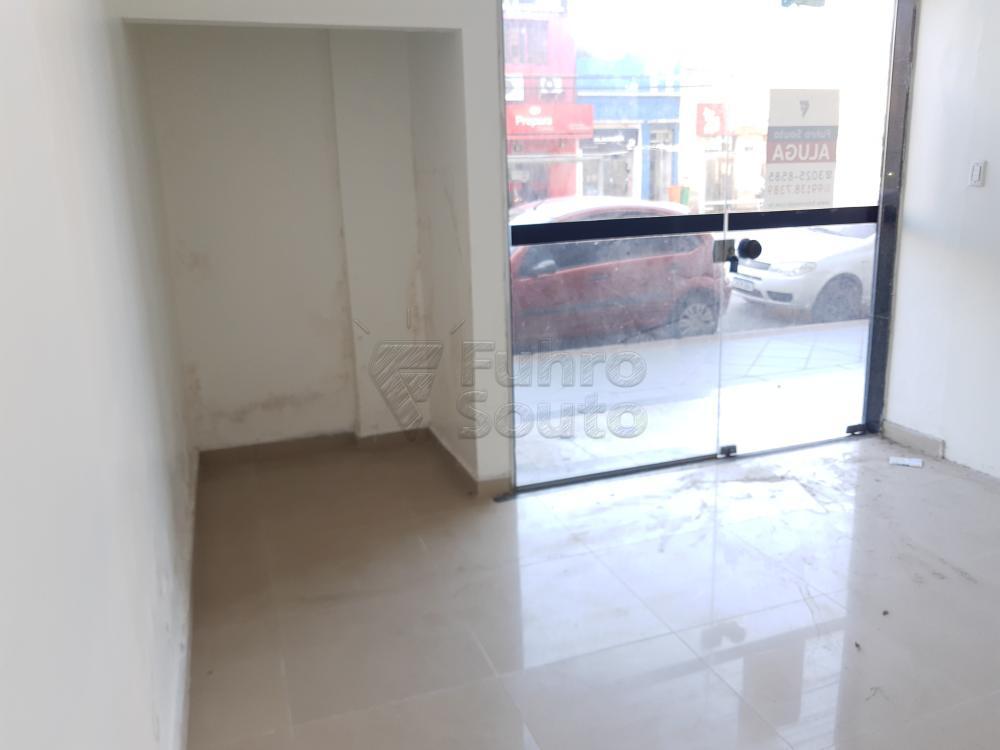Alugar Comercial / Sala em Condomínio em Pelotas R$ 1.500,00 - Foto 7