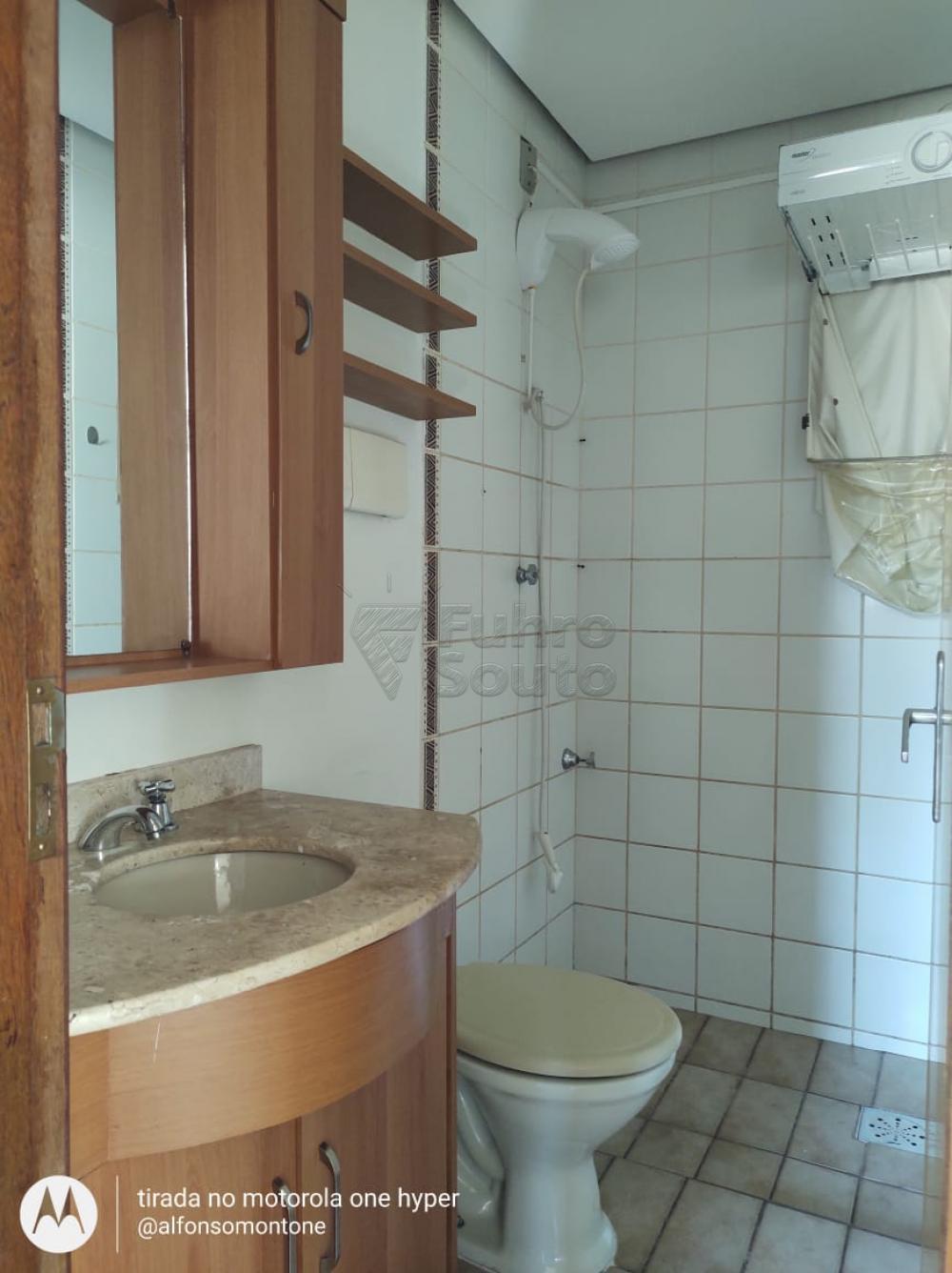 Comprar Apartamento / Padrão em Pelotas R$ 160.000,00 - Foto 7
