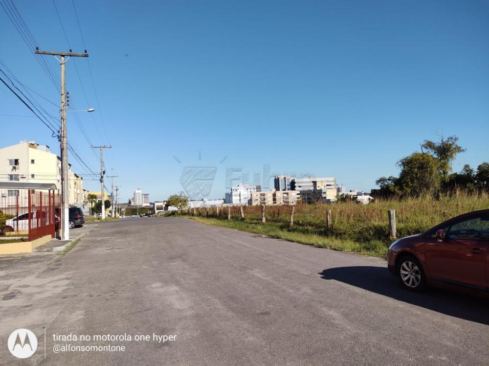 Comprar Apartamento / Padrão em Pelotas R$ 160.000,00 - Foto 12