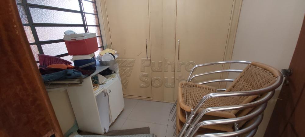Alugar Casa / Padrão em Pelotas R$ 4.800,00 - Foto 8
