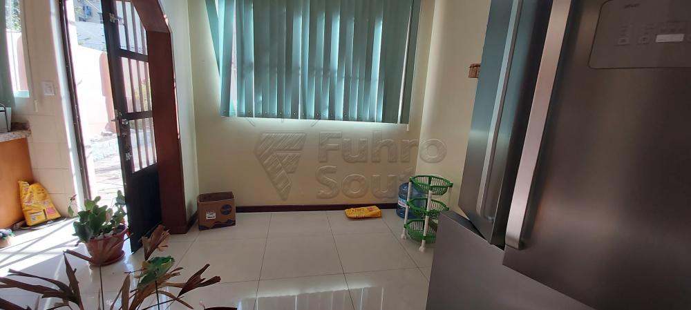 Alugar Casa / Padrão em Pelotas R$ 4.800,00 - Foto 7