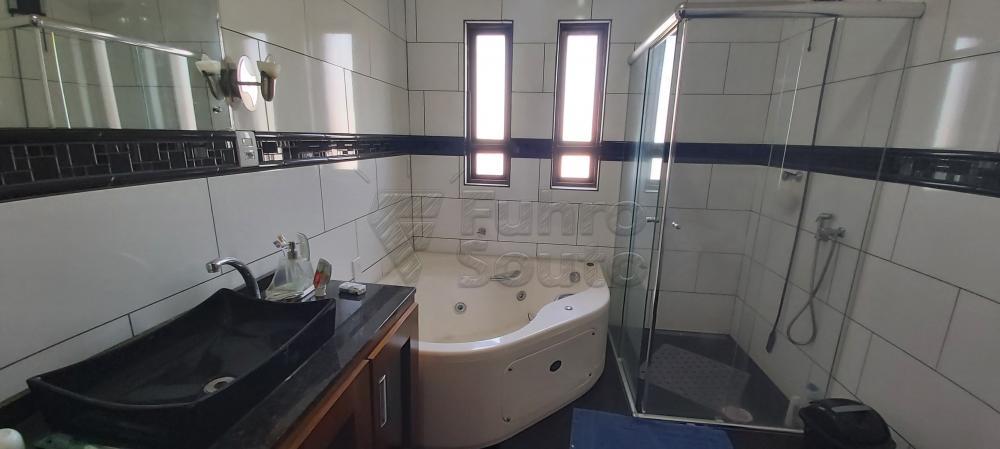 Alugar Casa / Padrão em Pelotas R$ 4.800,00 - Foto 12